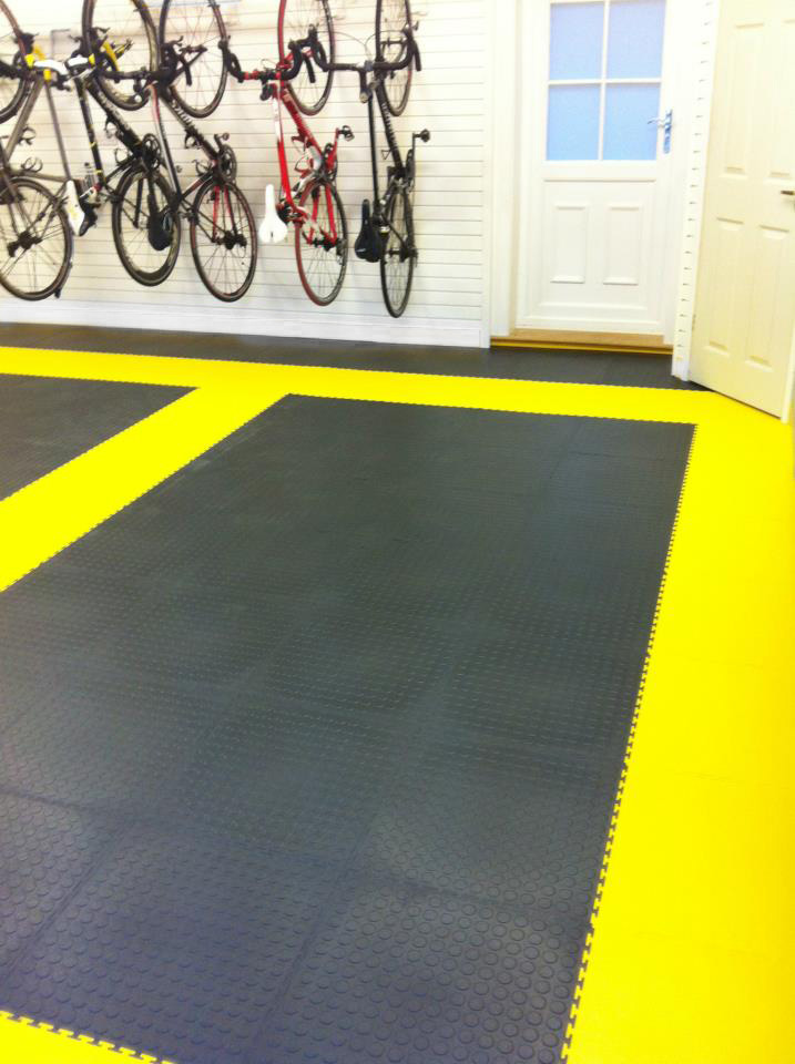 Black and Yellow Floor Tiles for your garage from Garageflex